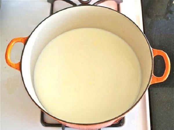 cách làm kem phủ bánh gato 1